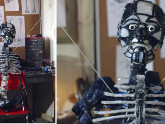【只有想不到没有做不到】 用3D打印笔给自己画一个智能机器人