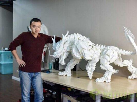 """(独家)纤尘毕现:国内首个3D打印钢铁侠设计师又一力作""""走兽之宗——麒麟"""""""