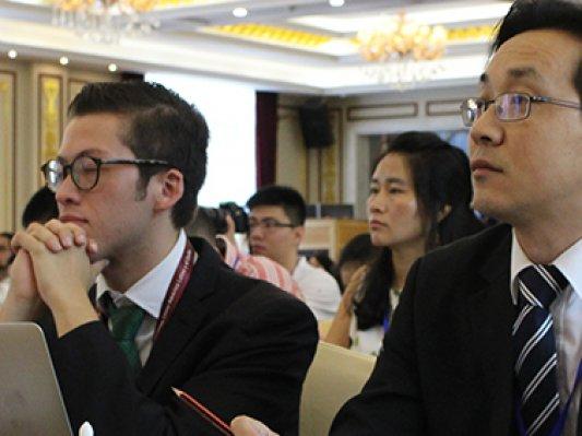 中拉青年企业家圆桌会议举行 李广连先生作主题演讲