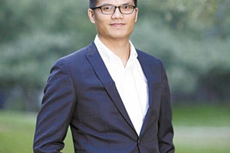 """""""小方""""创始人姚志锋:从清华雕塑系毕业生到研发SLA 3D打印机"""