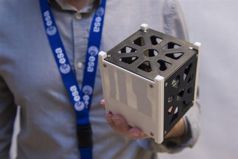 欧洲航天局开始测试首个3D打印PEEK卫星