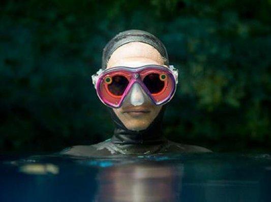 3D打印将snapchat智能眼镜变为水下护目镜:去拍摄海底世界吧~