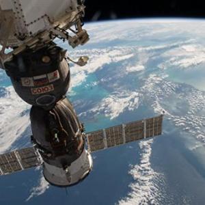 人类再次跨出一大步!俄首颗3D打印卫星昨日手动发射成功