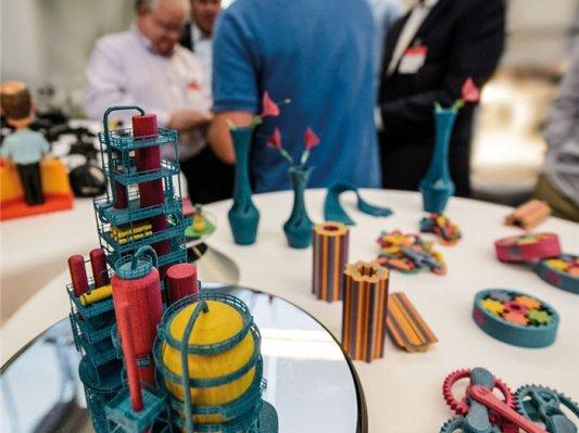 【深度】12万亿美元制造业对赌中,惠普会成为3D打印界的苹果吗