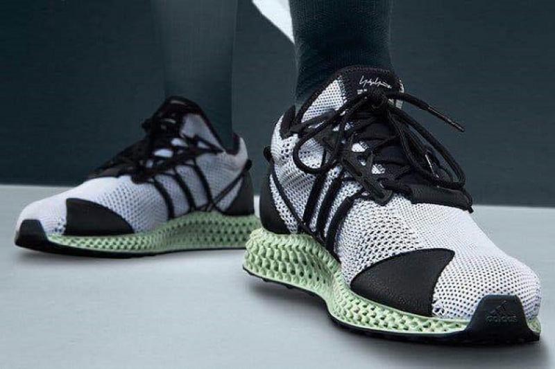 阿迪达斯用3D打印升级其高端运动鞋系列
