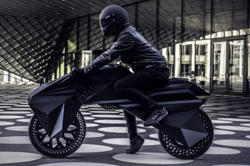 绝对狂拽酷炫!全球首台全3D打印功能性电动摩托车来了!
