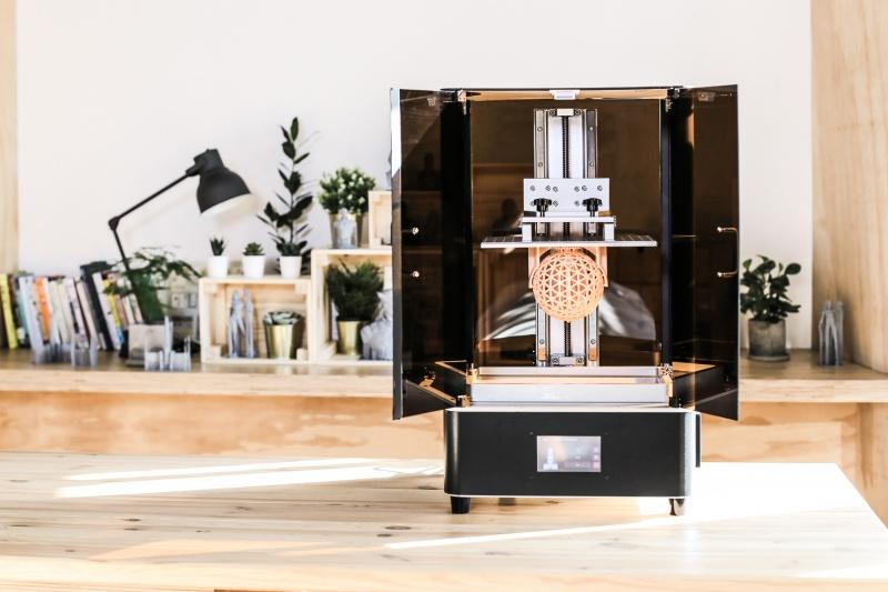 3 分钟火速达标  冲破 3 万美金! 最大成型空间光固化打印机登上国际集资平台