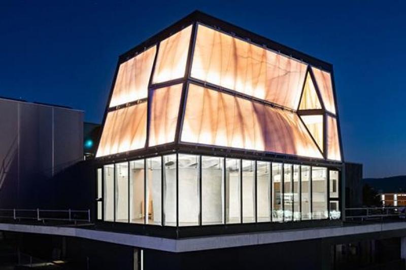 可喜可贺!全球首个可居住3D打印机大规模建造的房子终于可入住啦!