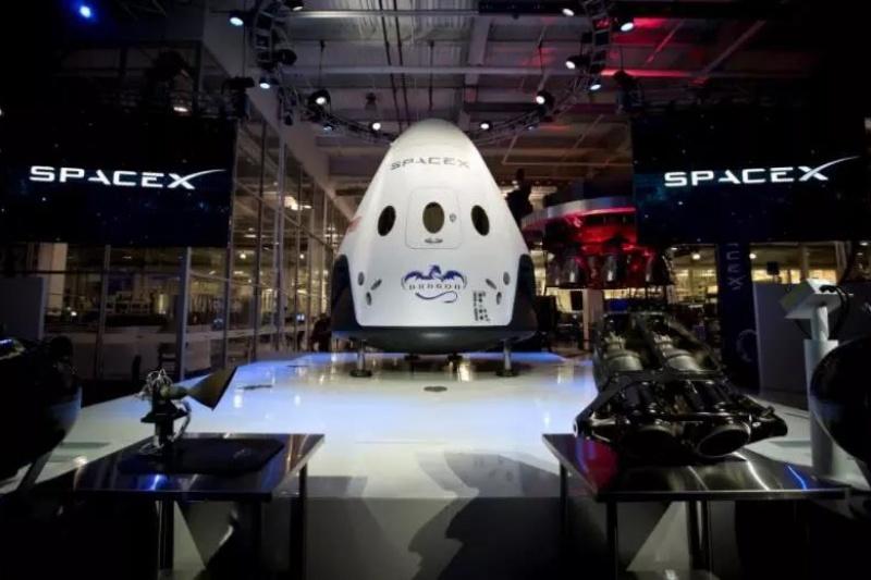 Space X Crew Dragon宇宙飞船首次飞行,3D打印发动机为逃生系统提供动力