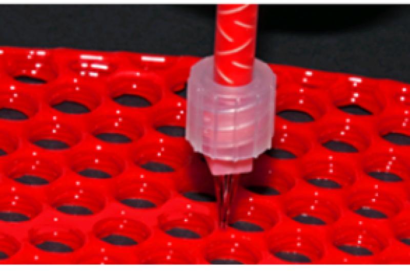 质地透明的LSR材料,也可以打印出彩色