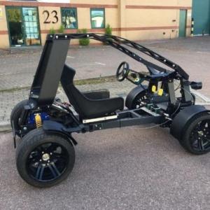 """欧洲首款3D打印汽车""""Chameleon""""亮相 时速可达45英里/小时"""
