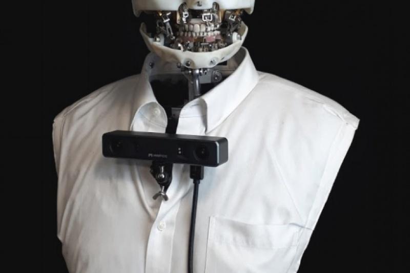 哈喽!迪士尼的3D打印机器人向你眨了一下眼